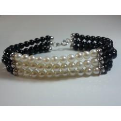 Bracciale argento 3 fili, perle di fiume e agata nera