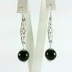 Orecchini tramezzi in argento e pallino agata nera