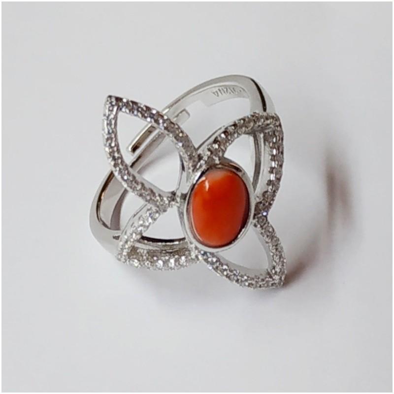 """Anello """"Farfalla stilizzata in argento con zirconi e spola corallo"""