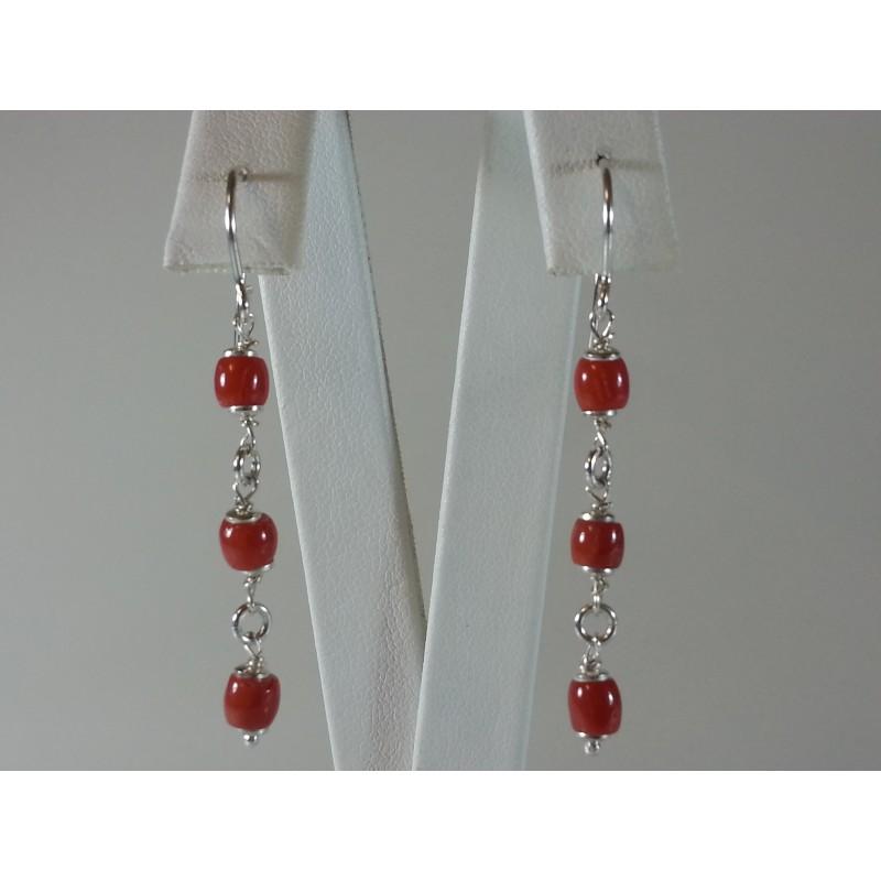 Orecchini argento e barilotti in corallo rosso naturale